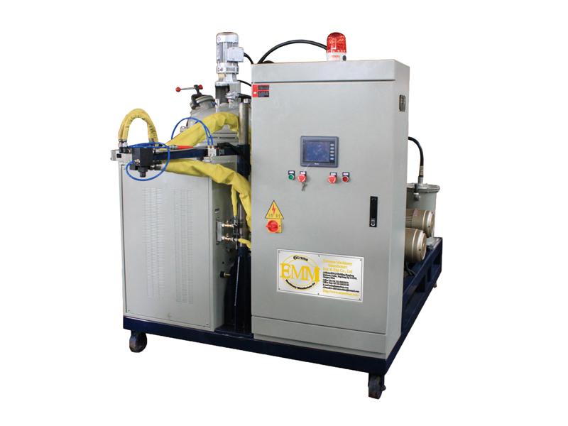 Машина для литья полиуретановых эластомеров